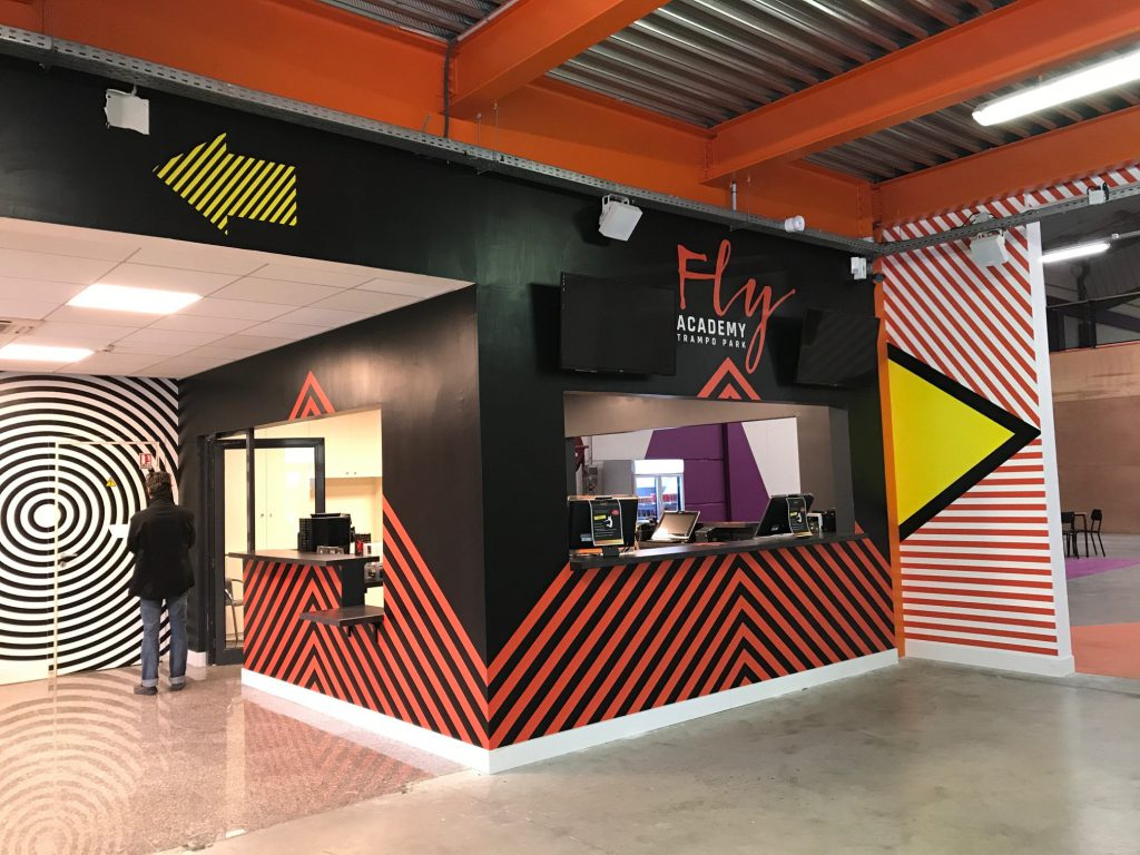 Stickers Muraux Academie Fly