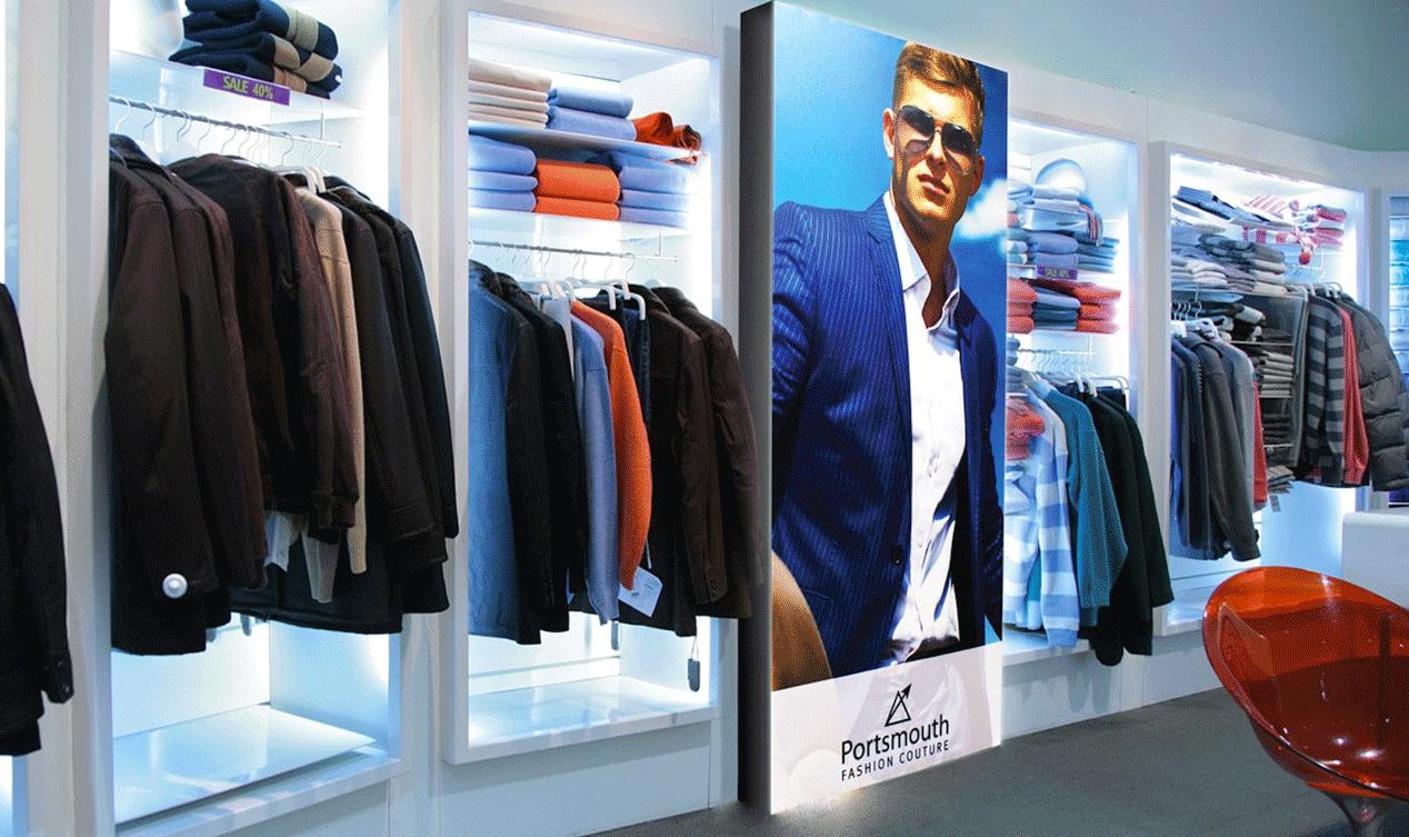 photo d'un cadre en tissu lumineux dans une boutique
